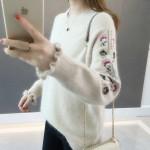 [히트패션] TOP 385 래빗벨벳 여러꽃자수 스웨터 WAVE